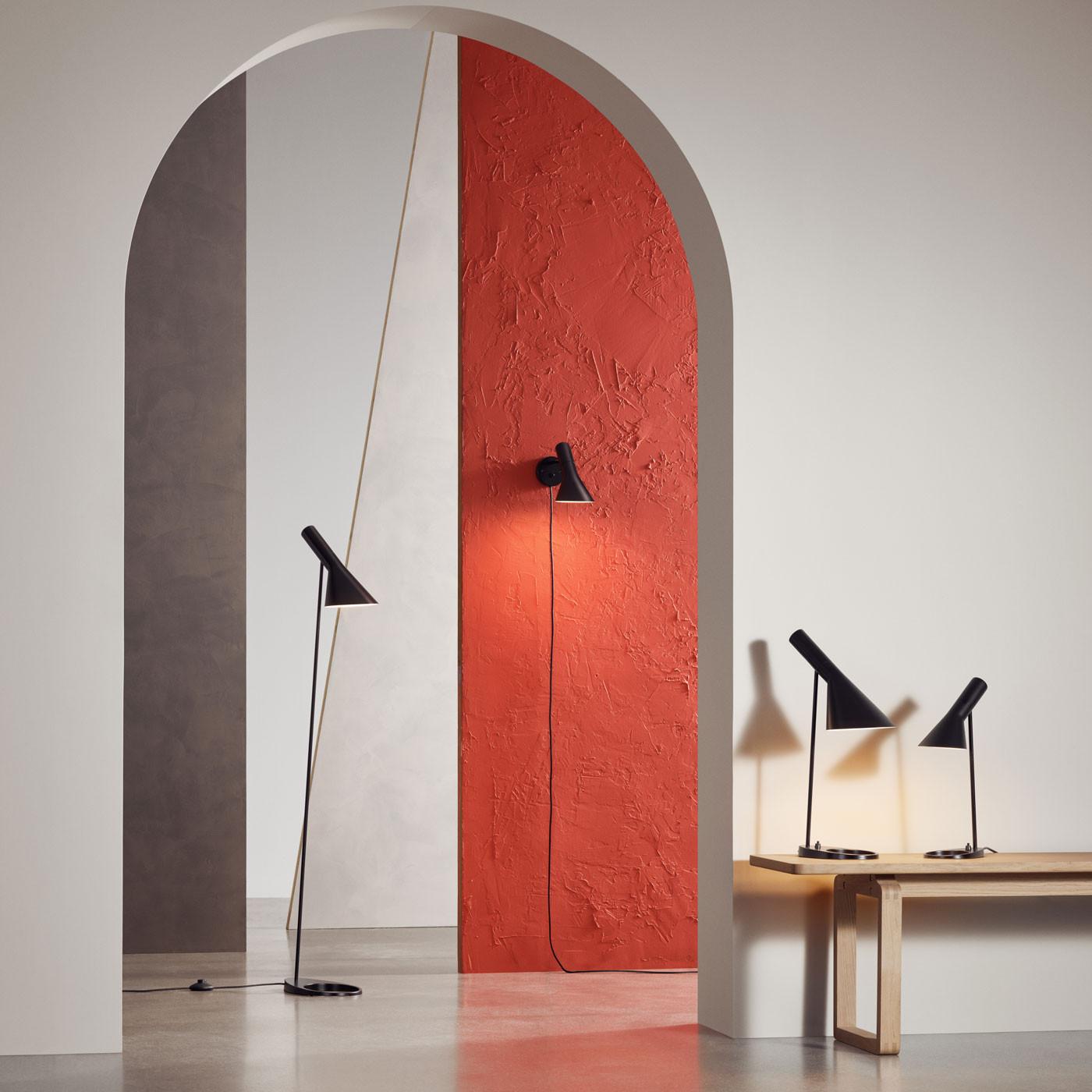 Louis Poulsen Aj Table Lamp At Nostraforma