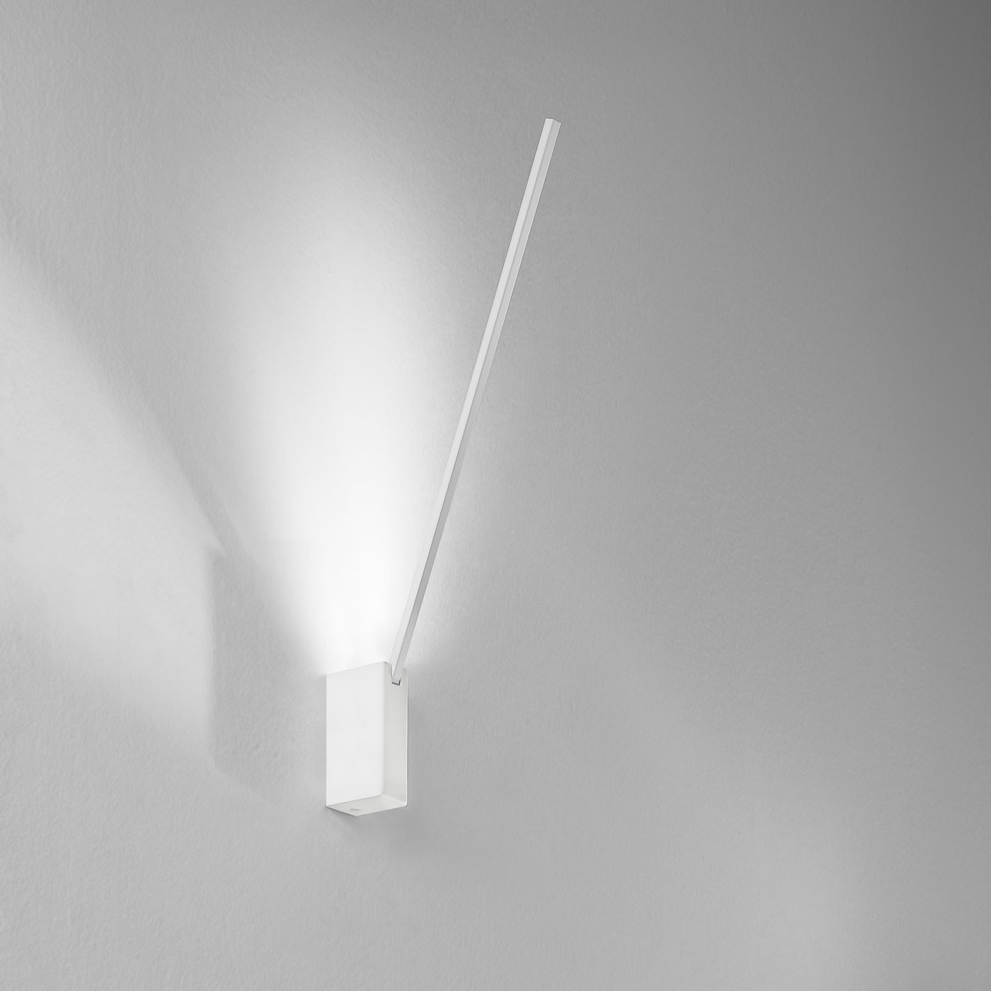 Icone Spillo 1 40 Wall And Ceiling Light