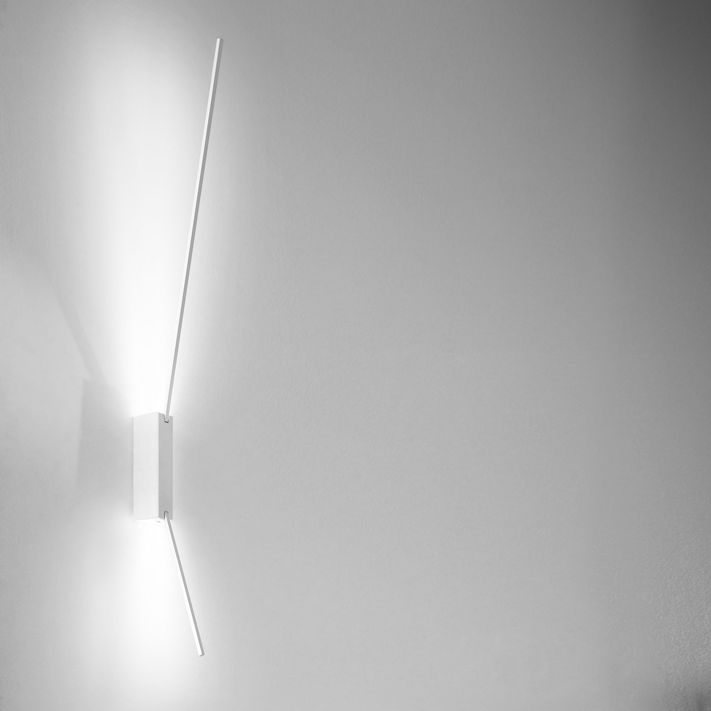 Icone Spillo 2 60 Wall And Ceiling Light
